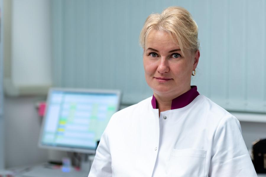Katrin Saar, hambaravi assistent